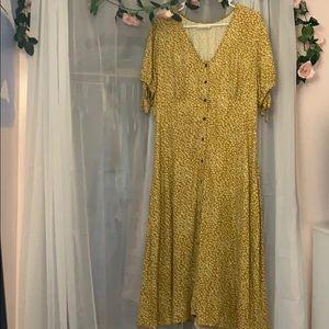 Universal Thread Dress - button down floral